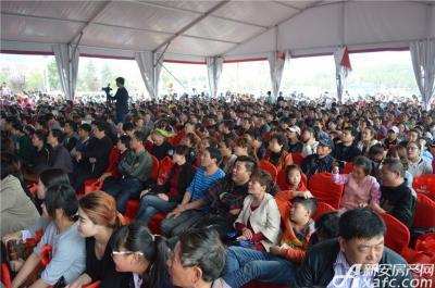 宿州万达广场4月18日宿州万达广场气球花海嘉年华暨花园式工地开放活动