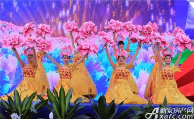 中航长江广场中航长江广场营销中心开放舞蹈表演2015.6.6
