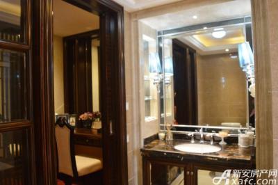 绿地滨江壹号绿地滨江壹号6#B4户型样板间 浴室