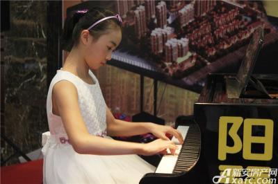 柏庄香域8月8日 柏庄香域少儿钢琴大赛—小选手手指在琴键上跳舞