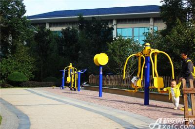 恒大绿洲恒大绿洲社区健身广场