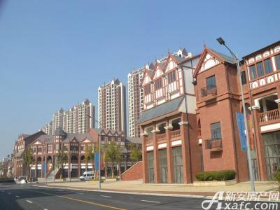 高速云水湾成熟商业街