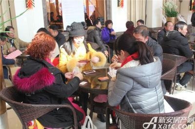 中航长江广场中航长江广场企业家掼蛋大赛选手酣战中(2016.1.22)