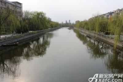 乐泽鑫城华纳橡树湾周围实景