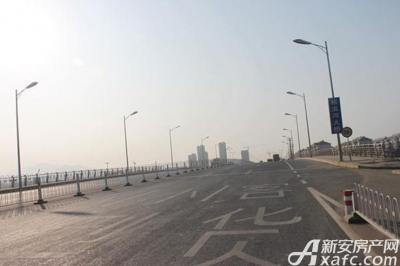 弘宇雍景湾周边交通
