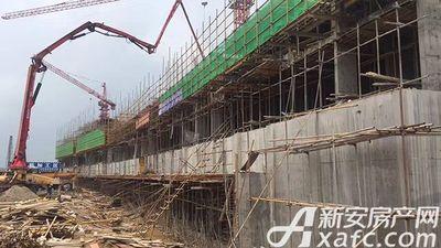 恒大滨江左岸2017.5.17 恒大项目水泥浇灌