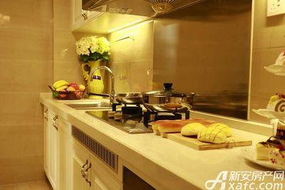 恒大悦龙台100㎡户型厨房