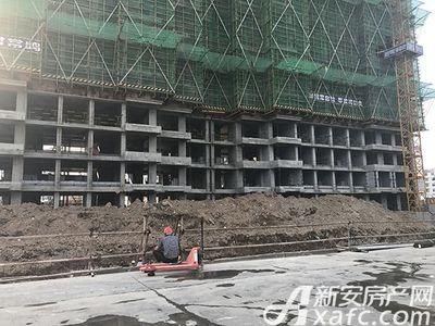 新安印象【2017.7.14】项目工人施工中