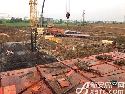 新城·悦府地基挖建中(2017.8.12)