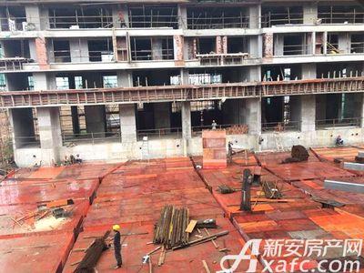 新城·悦府工人正在有序施工(2017.8.12)