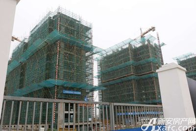 众发·阳光水岸10#11#楼已建至9层左右(2017.9.29)