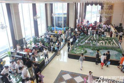 公园道B区御湖售楼中心开放(2017.10.1)