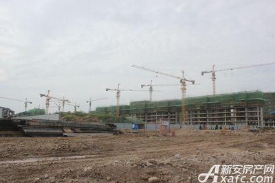 加侨侨城壹号加侨侨城壹号9月份项目进度 A、B片区在稳步建设中