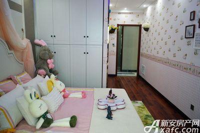 万成·哈佛玫瑰园玫瑰园洋房样板间:次卧