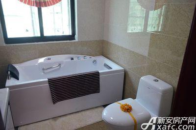 万成·哈佛玫瑰园玫瑰园洋房样板间:主卧卫浴
