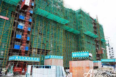 宇业依云红郡10月工程进度,32#门窗安装(2017.10.18)