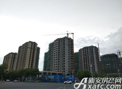 滨江花园2018年7月 项目地实景楼栋