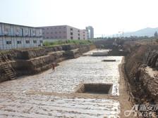 星洲国际城2013年8月项目进度:打地基阶段